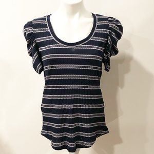 Hinge Ribbed Ruched Short Sleeve Top. Size M